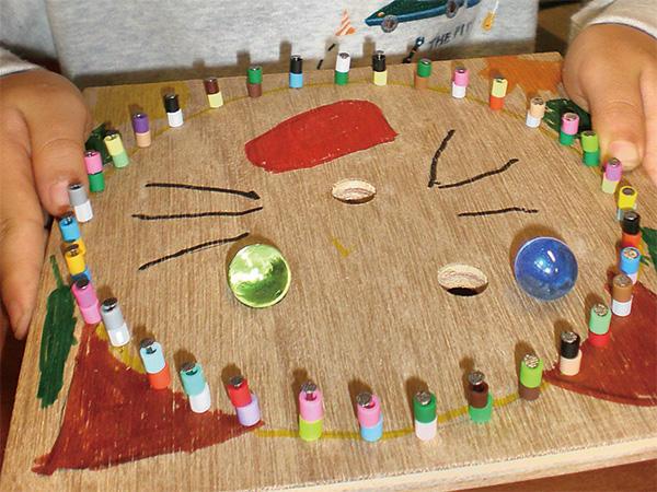 No.10 木工クラフト作って遊ぼうビー玉のコリントゲーム